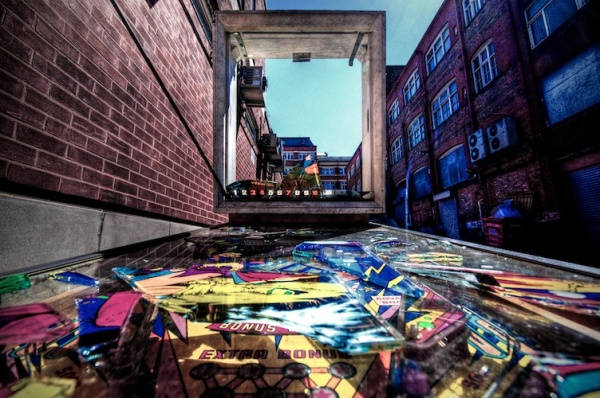 smashed-up-pinball-machine-formidable-photography